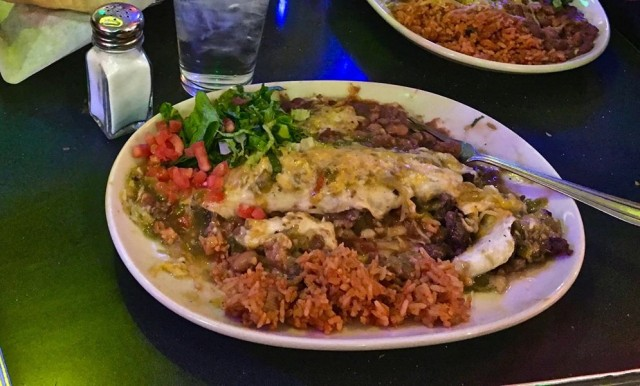 Green Chili Enchiladas Tia Sophia