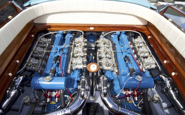 Lamborghini Engines in Thunder Marine